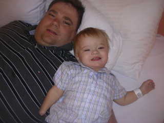 dad_and_brenden_bed.thumb.jpg